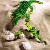 Бльшой и маленький крокодилы из бисера