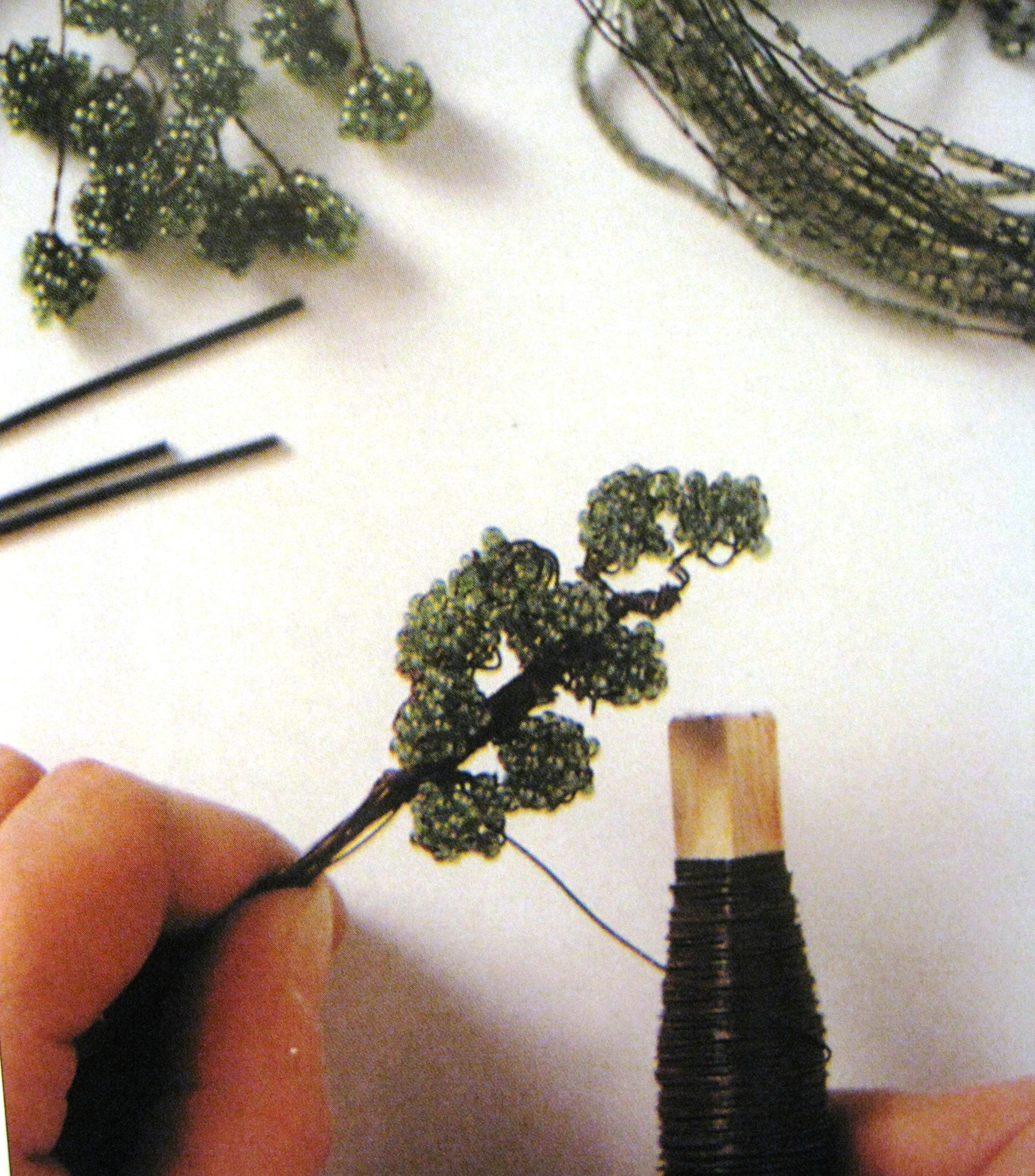 плетение из бисера дерево бонсай схема