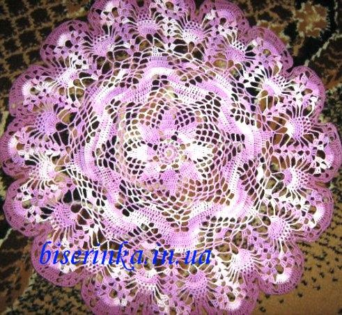 Цветная салфетка вязанная