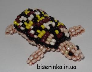 Большая черепаха из бисера